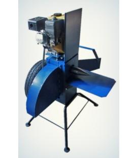 Измельчитель веток с приводом от бензинового двигателя