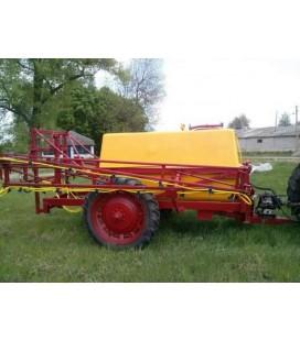 Навесной тракторный опрыскиватель ОП 2500 л/18 м